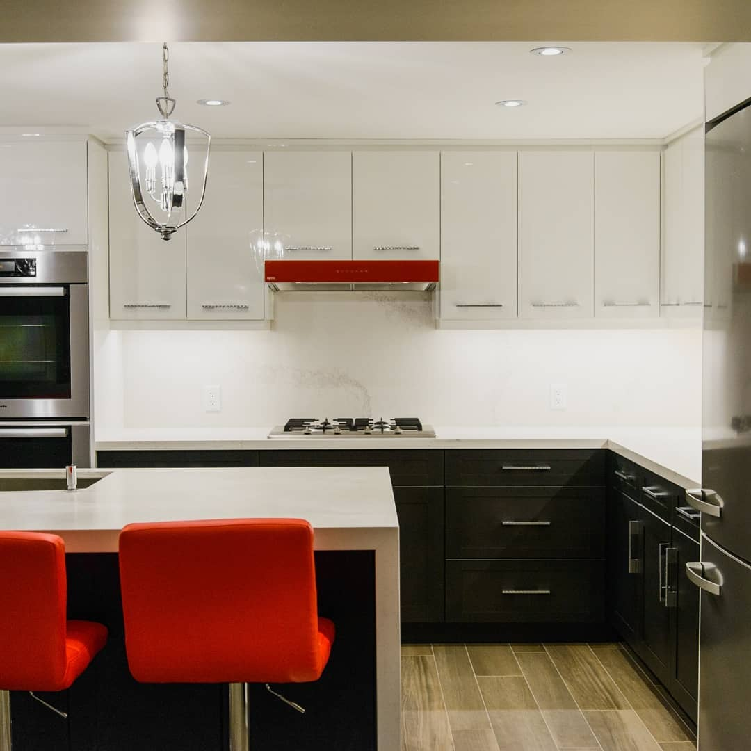 Black White Kitchen With Red Accents Delsur Marble