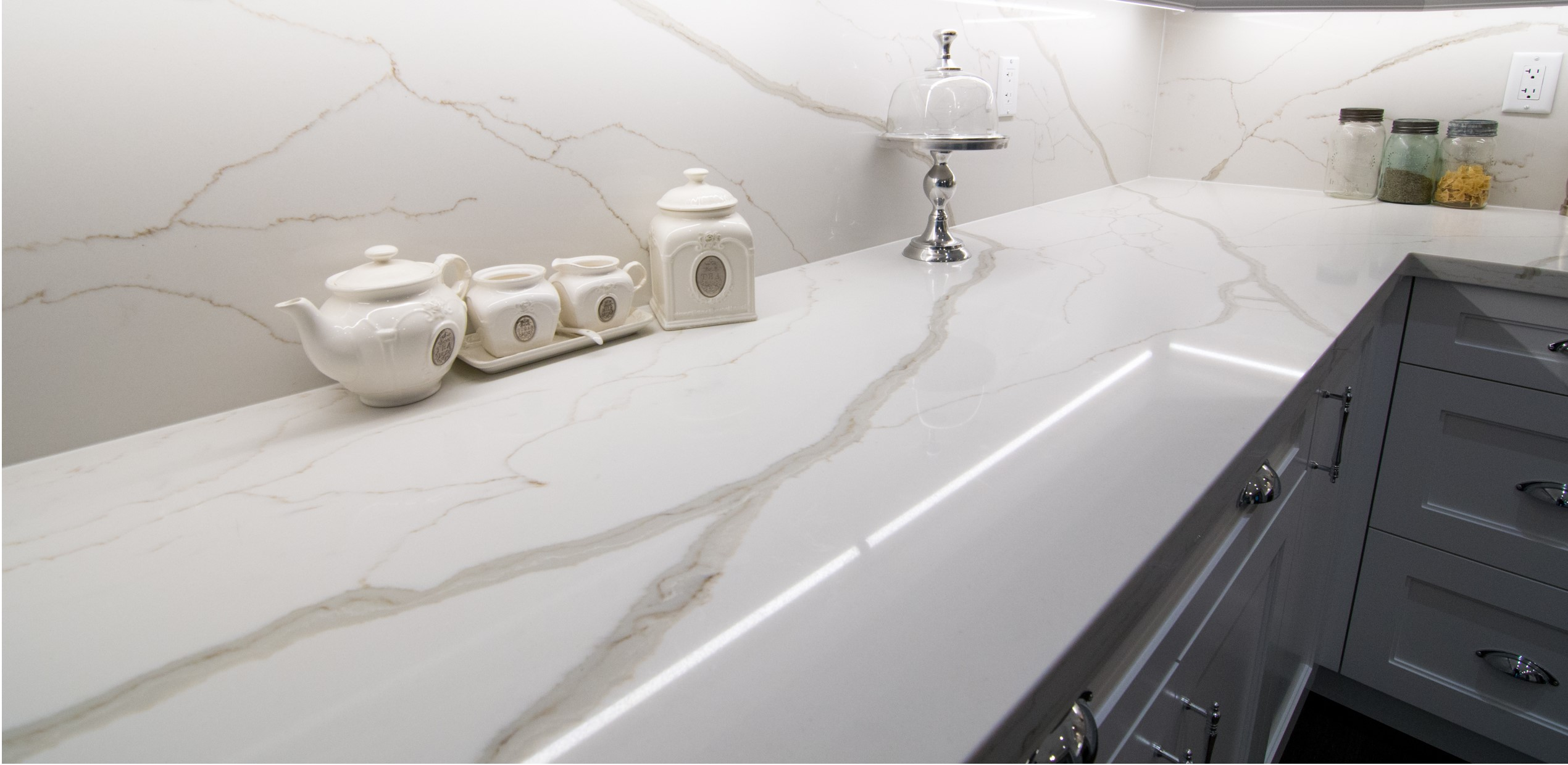 Stone Countertops: The Difference Between Marble, Granite and Quartz